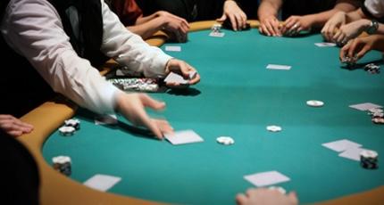 Le poker Live fait son retour dans les clubs et les casinos français